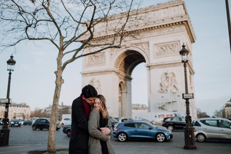 séance engagement à Paris Ulrike photographe à Tours