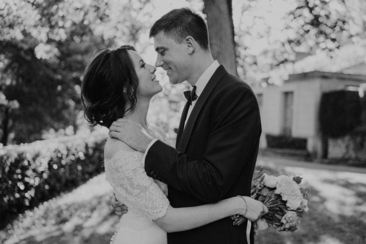 photos-de-couple-mariage-au-domaine-des-bidaudieres-vouvray-par-ulrike-photographe-mariage-tours