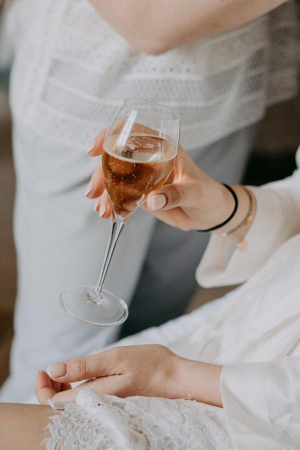 champagne-mariage-au-domaine-des-bidaudieres-vouvray-par-ulrike-photographe-mariage-tours